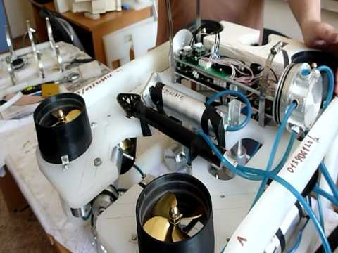 Подводный робот Юниор-2 для