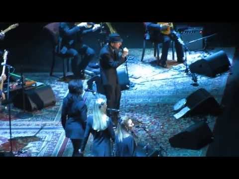 "Leonard Cohen - ""Dance Me to the End of Love"" / ""The Future"" (Live in Halifax 2013)"