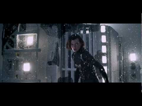 Resident Evil: Retribution 3d - Nuovo Trailer Italiano In Hd video