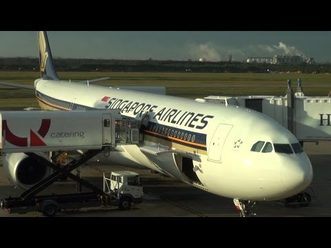 Singapore Airlines economy A330-300, Brisbane to Singapore