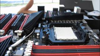 ASUS Crosshair IV Formula 890FX Gaming Motherboard Unboxing & First Look Linus Tech Tips