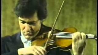 Pinchas Zukerman Plays Beethoven