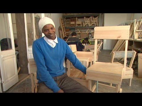 """"""" كوكولا"""" لمساعدة اللاجئين في ألمانيا – reporter"""