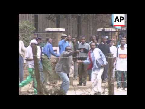 Kenya - Students riot in Nairobi