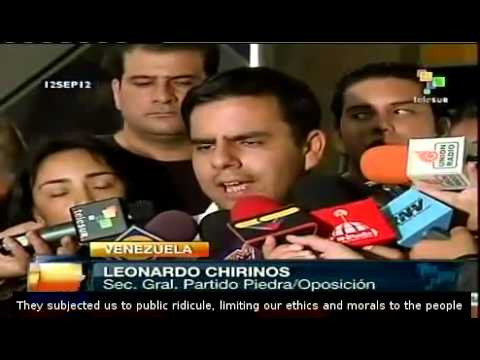 Venezuelan opposition leaders turn their backs to Capriles