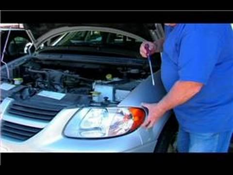 Changing a Car Headlight : Change a Car Headlight
