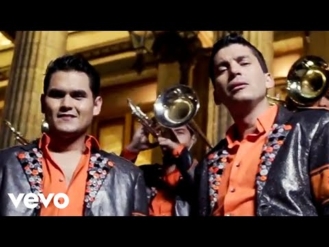 Banda Los Recoditos - Mientras Tú Jugabas