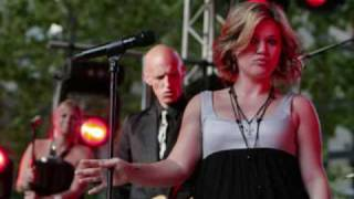 Watch Kelly Clarkson Number One video