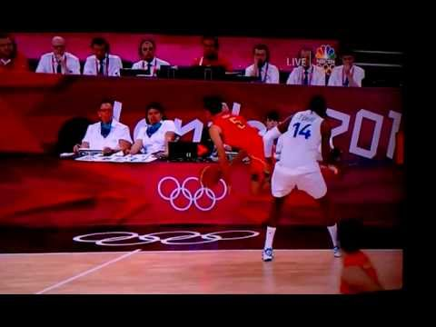 Basketball Low-Blow Punch Spain vs. France Olympics 2012 London 08.08.12