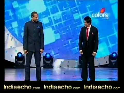 Indiaecho - Shahrukh And Yusuf Pathan Dance At Sahara Ipl Awards 2010.flv video