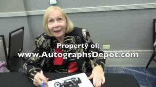 Who's The Boss? Katherine Helmond signing autographs in Los Angeles