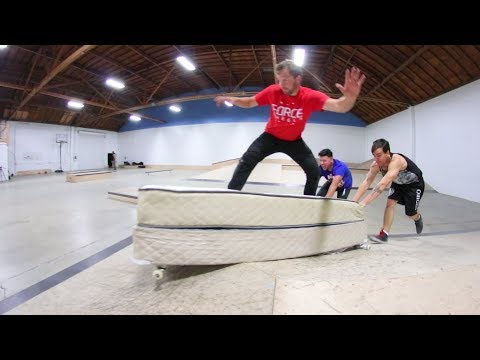 Idiot Tries To Skate A Bed!