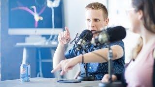 Internal Communication Tools, Glass vs Gimbal & I Kissed Bulletins Goodbye | #AskBrady Episode 27