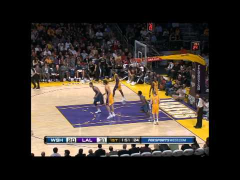 Nick Young's Acrobatic Layup
