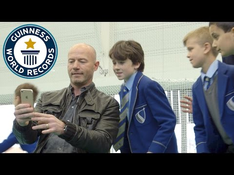 Alan Shearer teams up with Newcastle school kids to set selfie world record