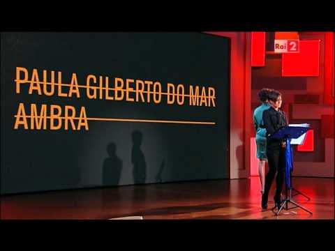 Paula Gilberto Do Mar 1×08 Gara di improvvisazione poetica con Ambra Angiolini (Virginia Raffaele)