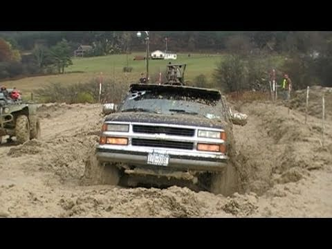 P~4 Mud Bogging in Belmont NY 2010 Dave G Full Run & More
