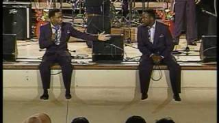 Don't Wait For The Hearse - Willie Neal Johnson & the Gospel Keynotes