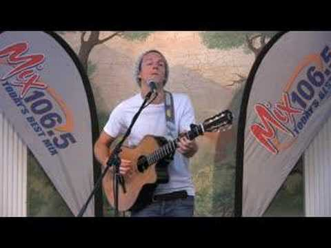 Jason Mraz - Im Yours - Live at Mix 106.5