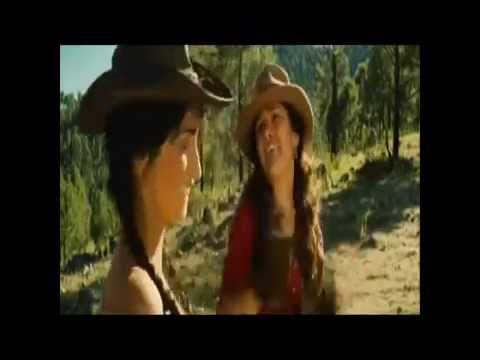 Penelope Cruz y Salma Hayek en la Pelicula