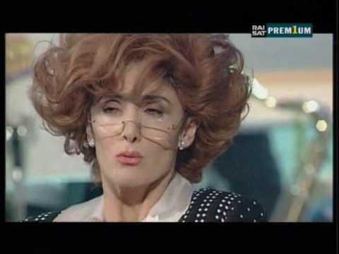 """Anna Marchesini – """"La Sessuologa, Dott.ssa Merope Generosa a Sanremo"""""""