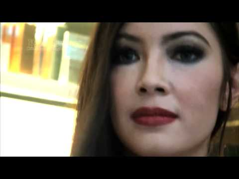 Ratna Galih Cinta Rambut Dari Pada Wajahnya? video