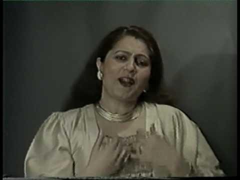 Sindhi Song Chhum Chhum Nacha Chhed Chhamkayan by Arti Raj Chander...