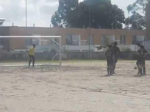 Macieira da Maia, defesa Penalty guarda redes Diogo Moreira