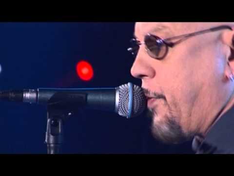 Enrico Ruggeri – Il capitano 2013 a RadioItaliaLive