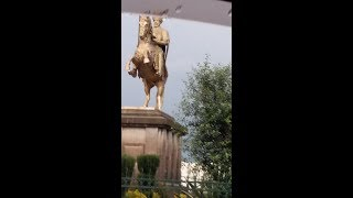 Ethiopia The Renewed monument statue of Menelik has A cause  why?
