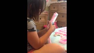 Loom Band Dress - Video 2 - Abi making her Loom band dress - Day one