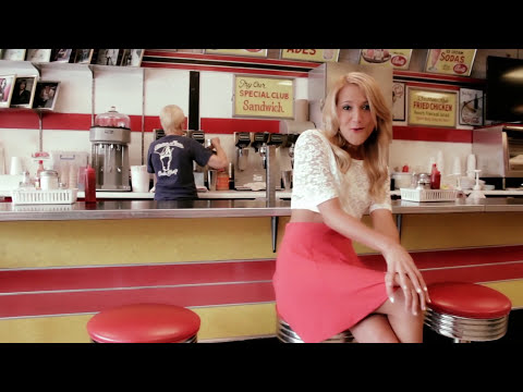 Cookies and Cream - Veronica Ballestrini