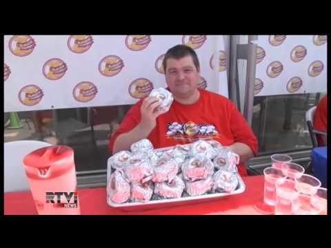 Чемпионат по скоростному поеданию гамбургеров