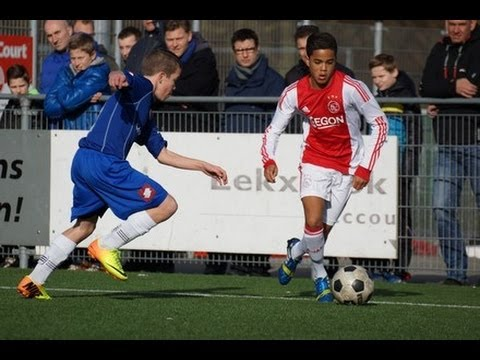 Patrick Kluivert's other son Justin shows of his silky skills