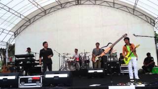 download lagu Cari Jodoh - Wali Band Live In Singapore 2014 gratis