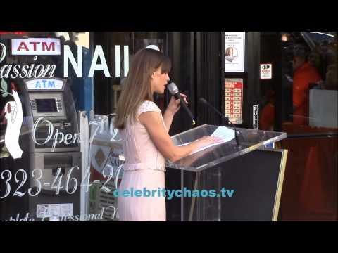 Hilary Swank talks about friend Mariska Hargitay