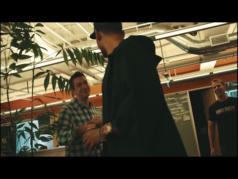 Official Call of Duty®: Advanced Warfare - Afrojack Visits Sledgehammer Games
