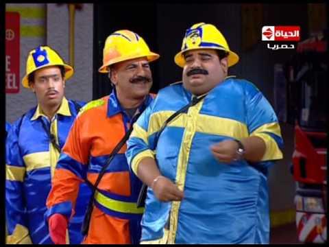 تياترو مصر - لما المدير بتاعك يدخل عليك ويقفشك وانت بتتكلم عليه وبتشتم فيه