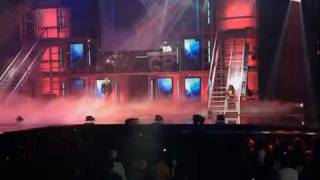 Chris Brown Video - Chris Brown - Damage (Live in Nashville) [Legendado]