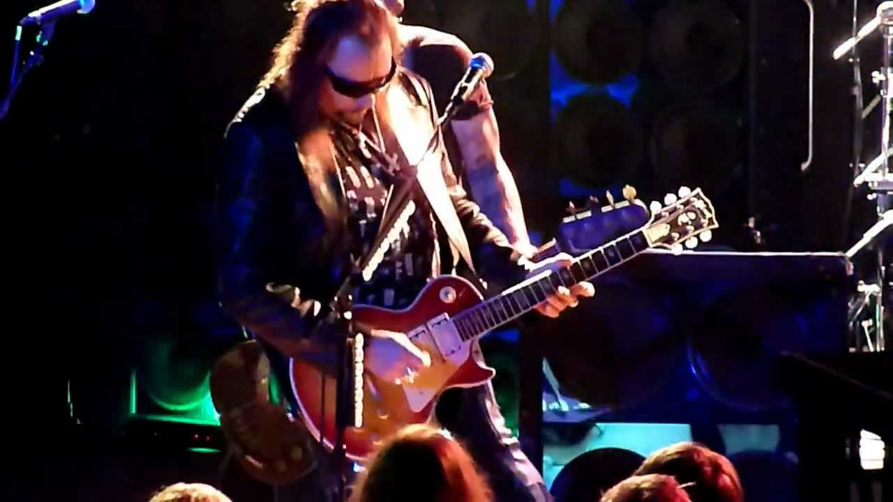 Ace Frehley • She / Shock me • Live 2011 - YouTube