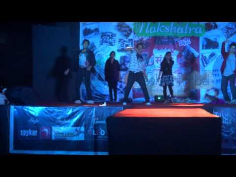 Group Dance By Tejal And Group 2013 video