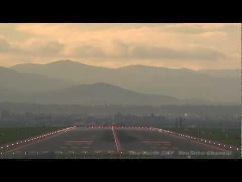 【HD】 SKYMARK AIRLINES Boeing 737-800 JA737N  Asahikawa AirPort