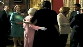 First lady's surprising hug from the Queen of England