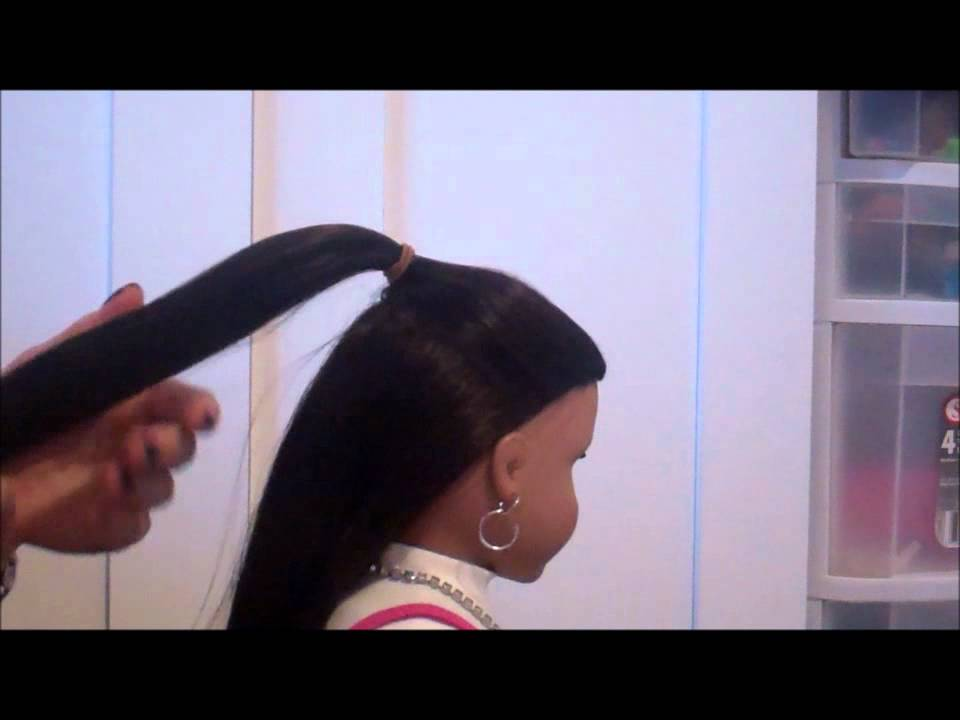 how to do a bow hairtstyle on your american girl doll just using hair youtube. Black Bedroom Furniture Sets. Home Design Ideas