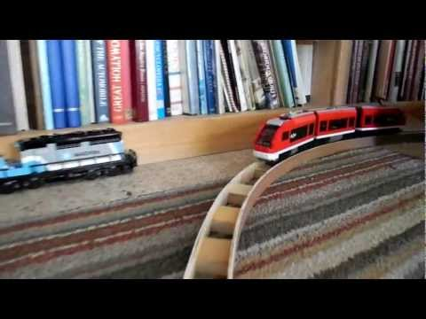 How to make LEGO train tracks