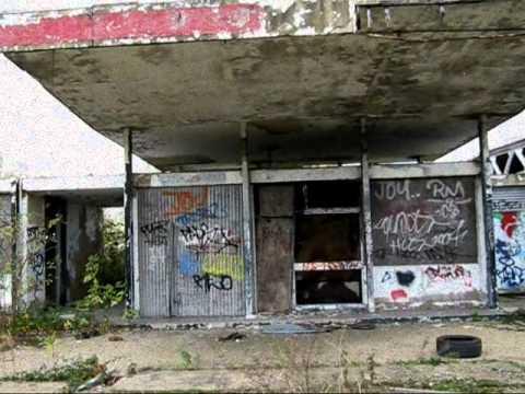 A127 Abandoned Petrol Station