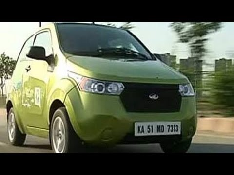 A review of Mahindra Reva e20 on 'Raftaar'