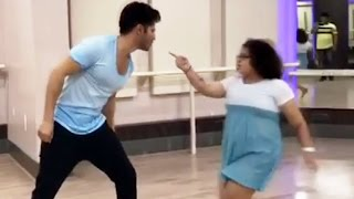 Varun Dhawan Dance With Small Girl