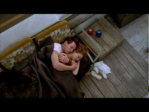 Vor der Kulisse New Yorks zaubert Regisseurin Kirsten Sheridan ein modernes Märchen zum Dahinschmelzen. Neben Osar-Preisträger Robin Williams und den Shootin...
