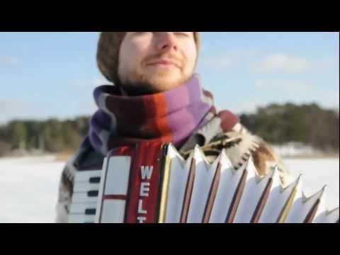 Cut It Out // Colours of Bubbles http://coloursofbubbles.com https://www.facebook.com/bandCoB http://buymusic.lt *** Filmed by -- Edvinas Grei�ius, Karolis Vyšniauskas Subcribe to Colours...